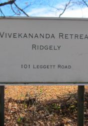 Sign for Ridgely Retreat