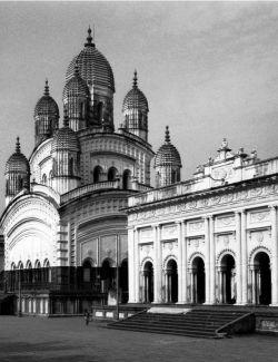 Early picture of Dakshineshwar Kali Temple.