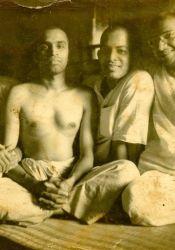 Br. Gauranga, Madhavan, Bidhan, Ram at Advaita Ashrama, 1960