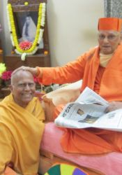 Swamis Chetanananda and Atmasthananda at Belur Math, Jan. 2013