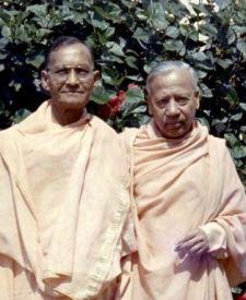 Satprakashananda, Prabhavananda